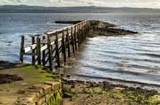 Free Culross Pier Scotland Royalty Free Stock Image - 27573226