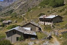 Free Mountain Village In The French Alps Royalty Free Stock Photo - 27577255