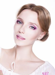 Free Beautiful Woman Model - Natural Perfect Make-up Royalty Free Stock Image - 27584226