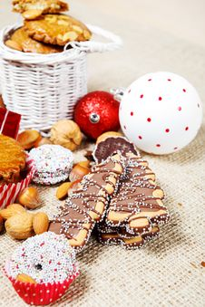Free Christmas Cookies Royalty Free Stock Images - 27585729
