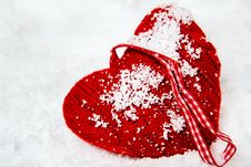 Free Red Woolen Heart Stock Photos - 27586443