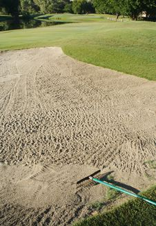 Free Golf Bunker And Rake Royalty Free Stock Photography - 2762317
