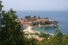 Free Sveti Stefan Island City Royalty Free Stock Image - 27602156