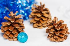 Free Christmas Decoration With Cone Royalty Free Stock Image - 27603916