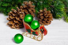 Free Christmas Sleigh Royalty Free Stock Photo - 27604125