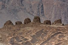 Free The Ancient Beehive Tombs At Jabal Misht  Western Royalty Free Stock Photos - 27604378