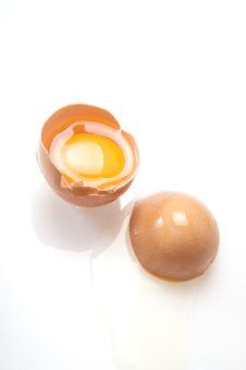 Free Raw Egg Royalty Free Stock Photo - 27609805