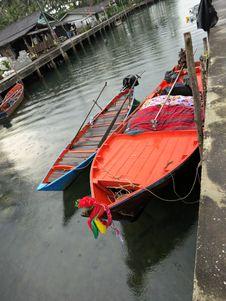 Free Boat Berth Fishing Village Stock Photo - 27615010