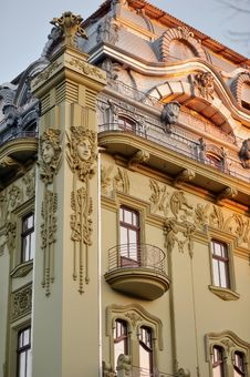 Free Baroque Architecture Royalty Free Stock Photos - 27616008