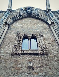 Free Window In Carmo Convent, Lisbon Royalty Free Stock Image - 27616336
