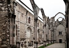 Free Carmo Convent In Lisbon Stock Photography - 27616682