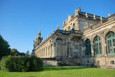 Free Dresden Castle &x28;the Residence&x29; View From The Back Royalty Free Stock Photography - 27638447