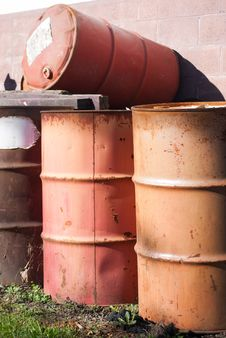 Free 55 Gallon Drums Royalty Free Stock Photos - 27639978