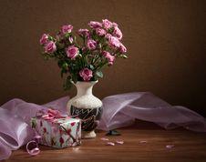 Free Pink Roses. Stock Image - 27641291