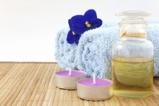 Free Spa Concept With Candle Stock Photos - 27642423