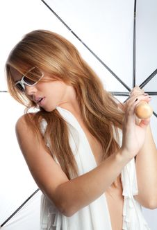 Free Woman Holding White Umbrella Royalty Free Stock Image - 27644706
