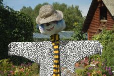 Free Garden Scarecrow Stock Images - 27645484