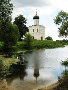 Free Church Of The Intercession On The Nerl Stock Image - 27646361