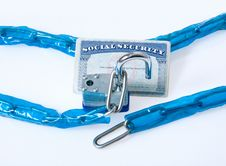 Free Lock And Chain Royalty Free Stock Photos - 27647858