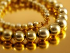 Free Large Bead Necklace Royalty Free Stock Image - 27648746