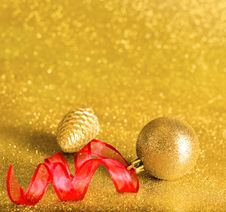 Free Christmas Decorations Stock Image - 27658001