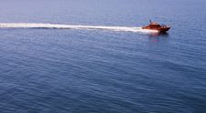 Free Red Motorboat In The Sea Royalty Free Stock Photography - 27664657