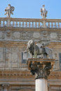 Free Verona Piazza Delle Erbe The Lion Of Saint Mark Royalty Free Stock Images - 27679579