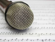 Free Microphone Royalty Free Stock Image - 27670926