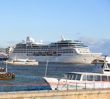 Free Cruise Liner Into Port Area Royalty Free Stock Image - 27680736