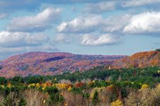 Free Fall Colours In Lee, Mass Royalty Free Stock Images - 27684919