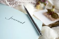 Free Close Up Woman S Journal Royalty Free Stock Image - 27688666