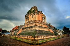 Free Ancient Temple Royalty Free Stock Images - 27694669