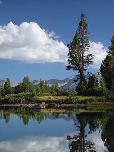 Free High Sierra Pond II Stock Photography - 2773912