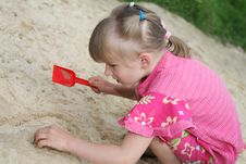 Free Girl On The Sand Royalty Free Stock Photography - 2776437
