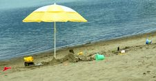 Free Beach Umbrella Stock Photos - 2777473