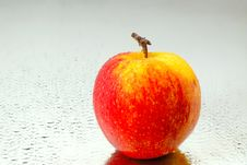 Free Red Apple Royalty Free Stock Images - 2779849
