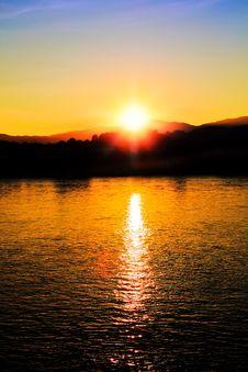 Free Beautiful Yellow Sunset Stock Photography - 27702202
