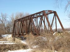 Free Rusted Railway Bridge Royalty Free Stock Photo - 27718405