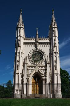 Free Gothic Chapel &x28;Peterhof&x29; Stock Photography - 27723152