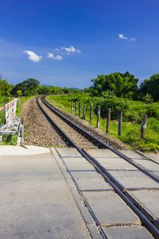 Free Curve Railway Track Stock Image - 27725811