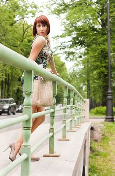 Free Glamor Model Posing In The City Royalty Free Stock Image - 27736946