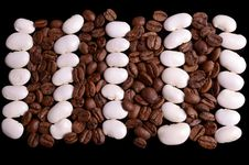 Free Haricot And Coffe Beans Royalty Free Stock Image - 27747576