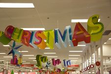 Free Holiday Shopping Royalty Free Stock Photography - 27750117
