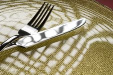 Free Fork And Knife On A Plate Stock Photo - 27757570