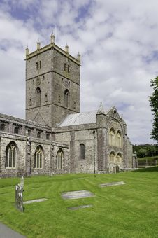 Free St. David S Cathedral Royalty Free Stock Photography - 27757767