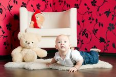 Free Lying Little Boy Royalty Free Stock Image - 27762816