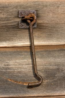 Free Rusty Barn Door Latch Royalty Free Stock Photography - 27766007