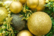 Free Golden Christmas Balls Royalty Free Stock Image - 27782066
