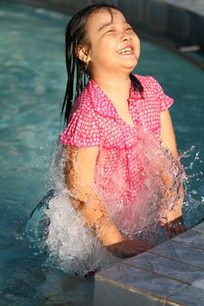 Free Playing In The Water Royalty Free Stock Photos - 27792338