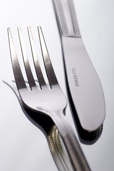 Free Knife And Fork On White Stock Images - 2787054